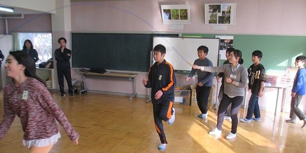 ①リアル縄跳び600.jpg